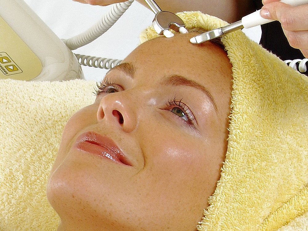 Dermalift Non-Surgical Anti-aging Facelift