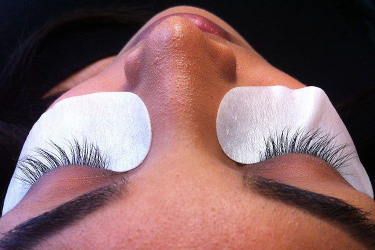 Eyelash Extensions Example Before